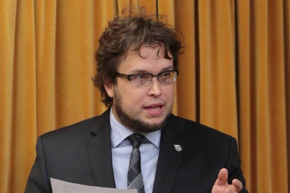 « La population mérite des explications : les libéraux travaillent pour les citoyens ou leurs donateurs? »  – Gabriel Ste-Marie