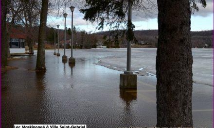 La rivière Maskinongé sort de son lit et cause des inondations à Mandeville
