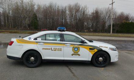 Un conducteur arrêté après une course de rue à Lavaltrie