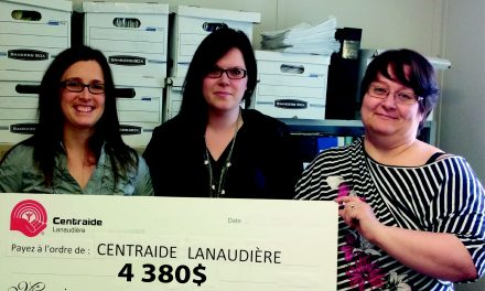 Compo Recycle remet fièrement un don de 4 380 $ à Centraide Lanaudière