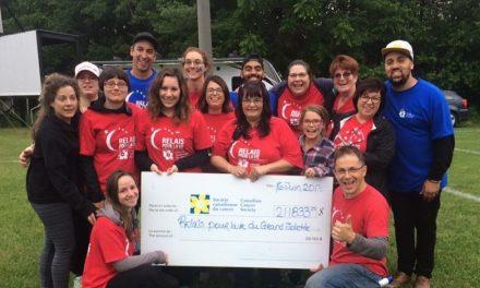 Relais pour la vie 2017: une nuit qui a récolté 211 833 $ pour faire une différence