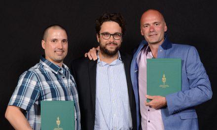 Gabriel Ste-Marie honore deux enseignants de l'école Barthélemy-Joliette!