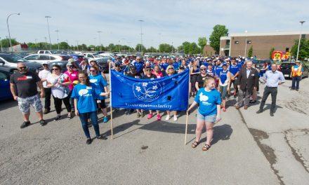 Un nombre de marcheurs record à la Marche pour l'Alzheimer