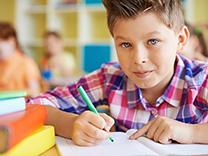 Des trucs tout simples pour aider votre enfant à s'améliorer en maths et en anglais