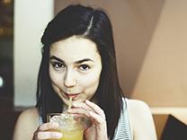 Quelles boissons comblent le mieux nos besoins d'hydratation en été?