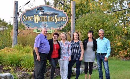 Mairie de Saint-Michel-des-Saints: Guylaine Gagné présente son équipe