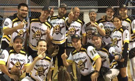 Les Kapitaines champions des séries de la ligue de balle donnée de l'Acadie