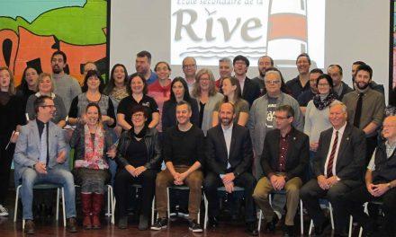 Dévoilement du gagnant de Prof, ma fierté! à l'école: Les enseignants de l'École secondaire de la Rive, à Lavaltrie, remportent les plus grands honneurs!