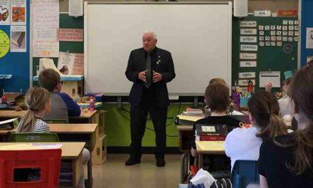 JPS : le maire de Lanoraie fait un geste de + pour les élèves du primaire