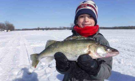 Les ateliers éducatifs et les cliniques de pêche blanche de l'Académie de pêche du lac Saint-Pierre sont offerts pour une quatrième année consécutive