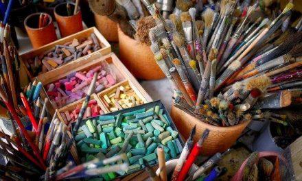 Nombreux appels en cours destinés aux artistes et aux artisans