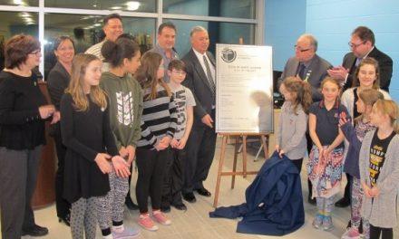 Inauguration de l'école primaire des Virevents à Sainte-Julienne