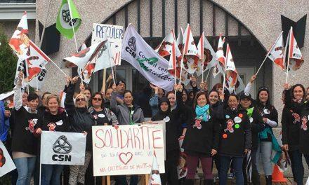 Les travailleuses du CPE Au royaume des bouts de choux de Saint-Lin et de Saint-Calixte ainsi que du CPE Aux portes du matin de Lavaltrie et de Lanoraie déclenchent la grève à leur tour
