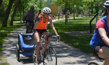 À vélo en famille pour le rallye des parcs de Notre-Dame-des-Prairies