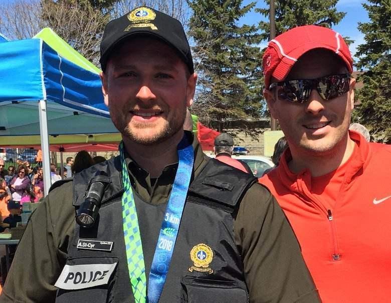 Un policier de Joliette en uniforme court pour une bonne cause