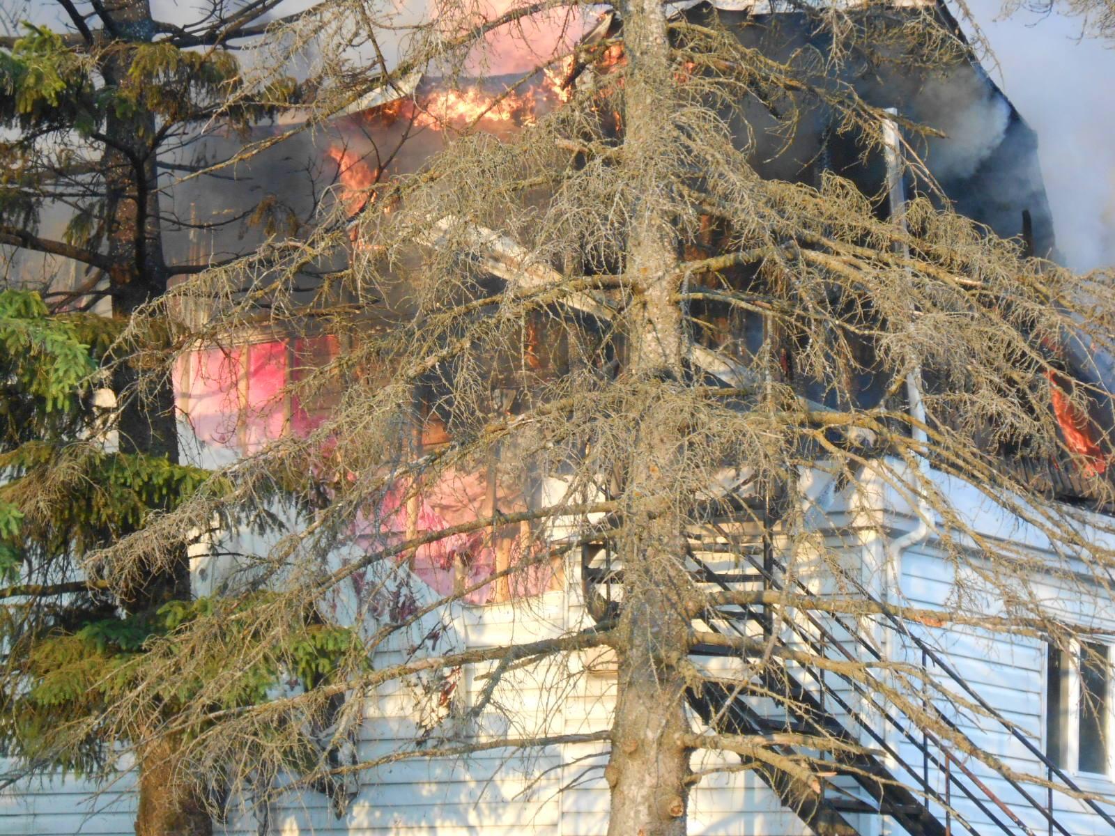 incendie, Saint-Paul, boulevard de l'Industrie