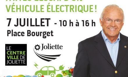 Essais de véhicules électriques sur la place Bourget