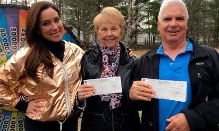 Deux amis de Rawdon ont remporté 50 000 $ à la loterie Roue de fortune chez vous!