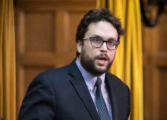Québec Debout demande le rappel de la Chambre des communes