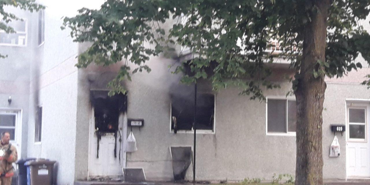 Un incendie suspect fait un blessé
