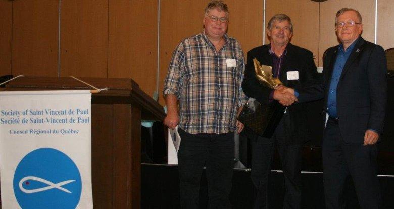 Monsieur René St-Jacques a reçu une reconnaissance provinciale