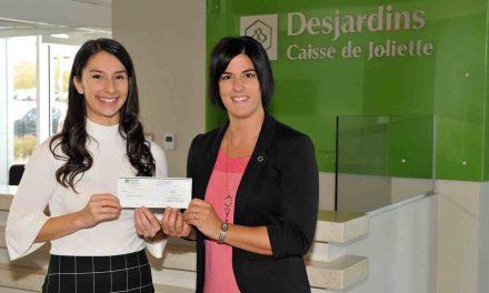 Deux étudiantes membres de la Caisse Desjardins de Joliette remportent chacune une bourse de la Fondation Desjardins