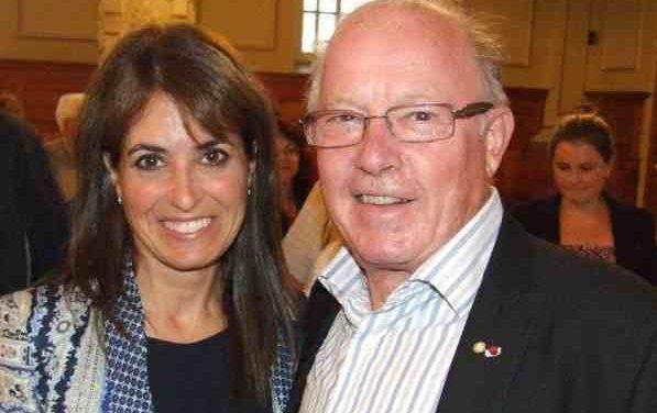 Véronique Hivon invite la population à rendre hommage à Bernard Landry