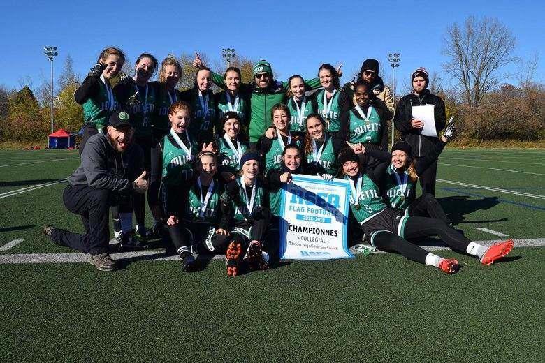 L'équipe de flag-football féminine remporte la médaille d'or!