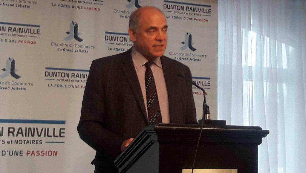 Le ministre Pierre Fitzgibbon entreprend sa tournée régionale