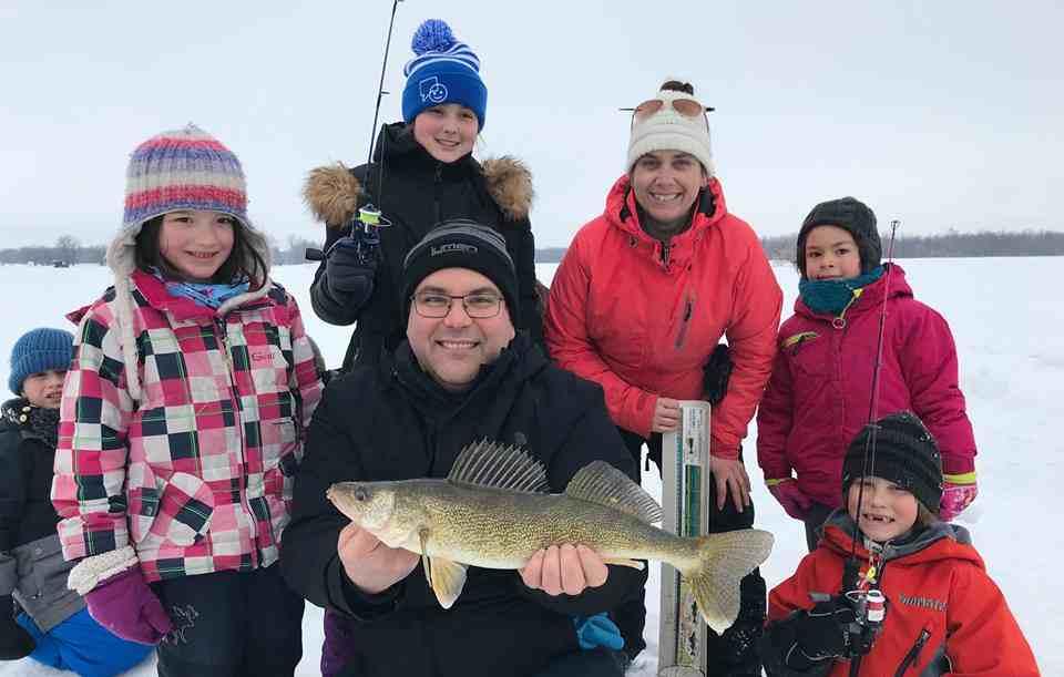 Les cliniques de pêche blanche de l'Académie de pêche du lac Saint-Pierre sont offertes pour une quatrième année consécutive
