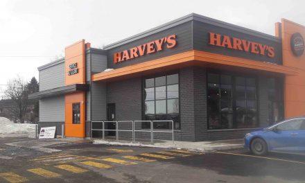 Nouvelle offre en restauration – Harvey's s'implante à Notre-Dame-des-Prairies