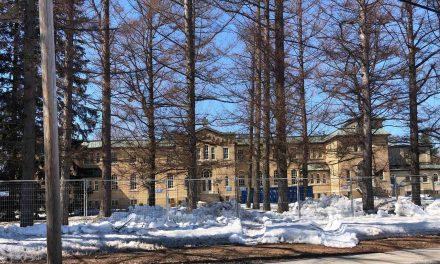 Démolition du monastère de Moniales à Berthierville : le gouvernement du Québec  ordonne l'arrêt des travaux
