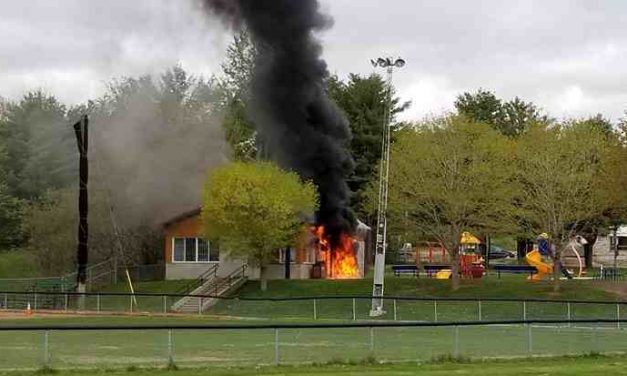 Sainte-Julienne : incendie d'origine inconnue au chalet du parc Quatre-vents