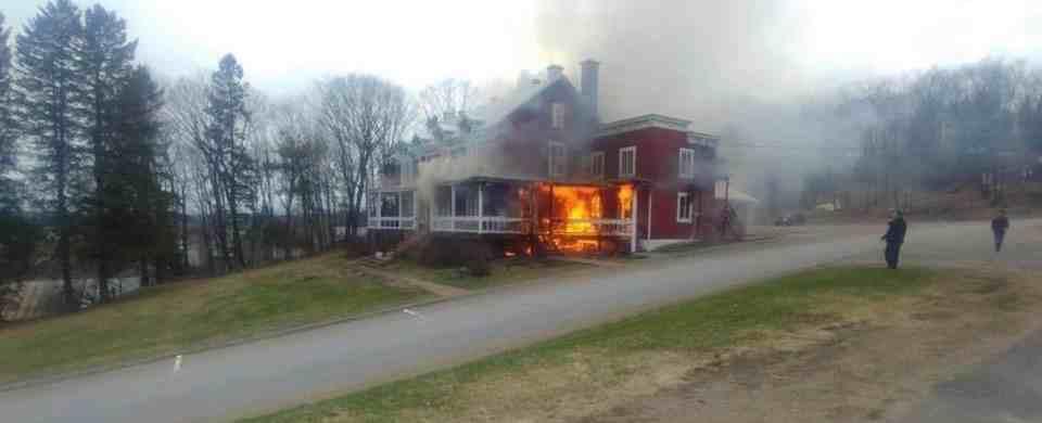 Une mobilisation s'organise suite à l'incendie du CRAPO