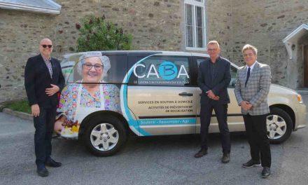 Un nouveau lettrage dynamique pour la camionnette du CABA