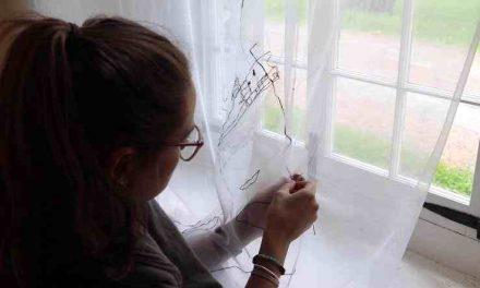 Une artiste en résidence à la chapelle des Cuthbert !