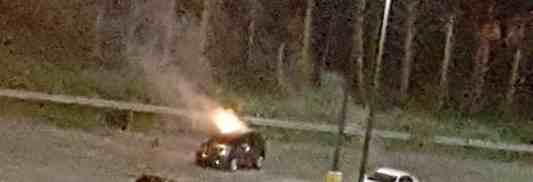 Deux véhicules incendiés dans le stationnement du CHDL