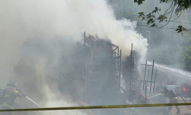 Incendie de balles de foins à Joliette