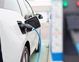 Le prix de l'essence trop élevé? Ce qu'il faut savoir à propos des véhicules électriques