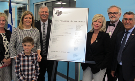 Inauguration de l'école primaire de l'Île Saint-Ignace