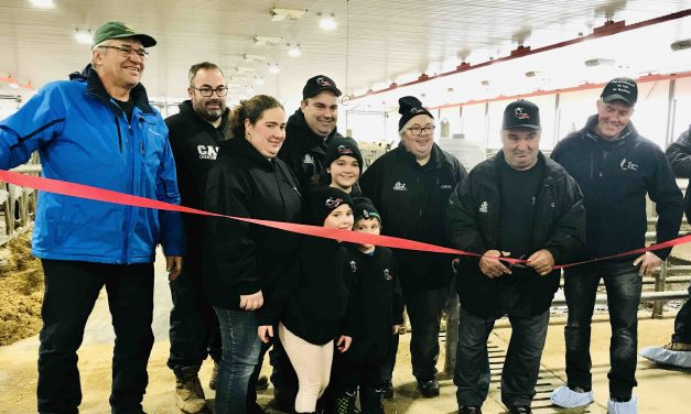 Inauguration de nouvelles installations à la Ferme Maghika
