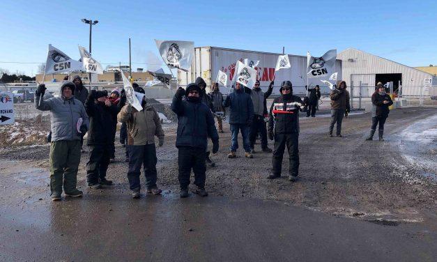 Mobilisation en appui aux grévistes de Princeville