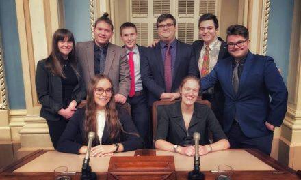 Des étudiants et étudiantes de Sciences humaines prennent la parole au Parlement