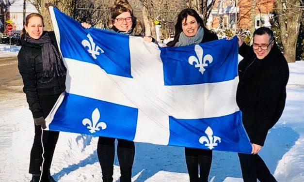 Véronique Hivon souligne le Jour du drapeau