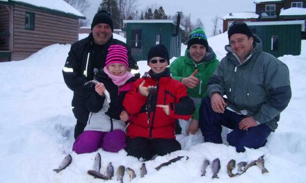 Journée d'initiation à la pêche blanche et plusieurs activités sur place à la Pourvoirie Domaine Bazinet