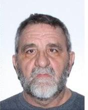Arrestation d'un homme pour infractions de nature sexuelle