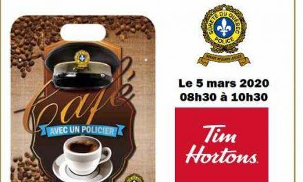 Prenez un café avec un policier dans Autray