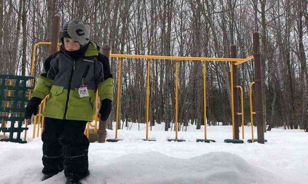 En réaction aux dernières mesures du gouvernement : nouvelles mesures pour les parcs et la période d'inscription aux camps de jour