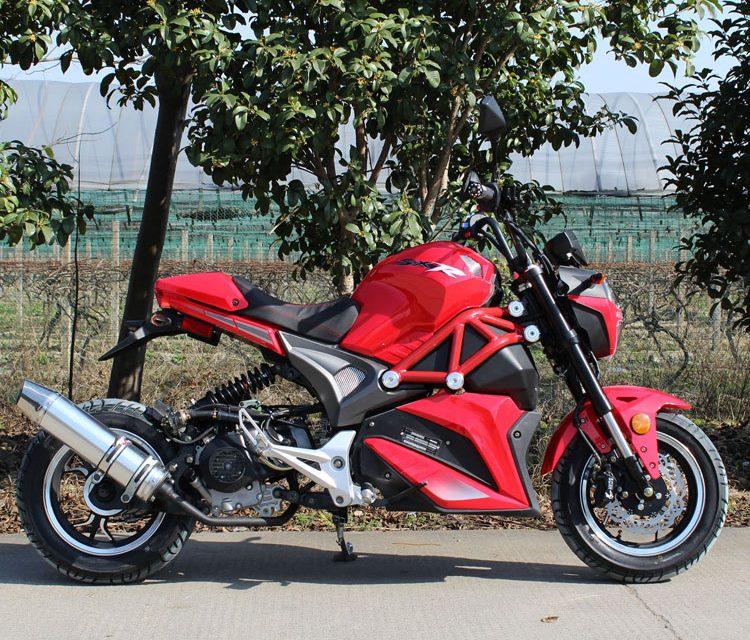 Rouler légalement sans permis de moto avec le scooter Dong Fang 49cc