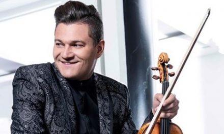 Le violoniste et chef d'orchestre Alexandre Da Costa en résidence au Musée d'art de Joliette ces jours-ci
